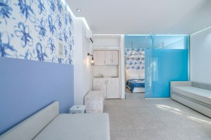 1 the-elegant-apts-thassos-superior-1-bedroom-apartment-2nd-1.jpg